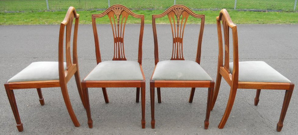 Set Of Six Yew Dining Chairs In Antique Georgian Style
